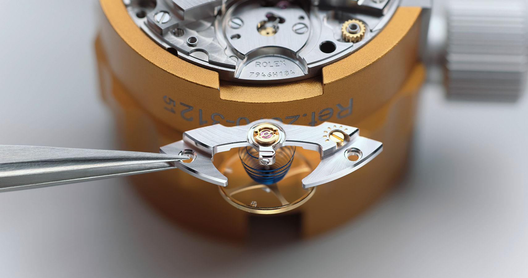 rolex-servicing-procedure-assembly-lubrication-of-the-movement